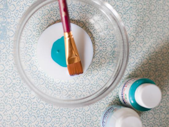 Como Pintar Potes e Vasos de Vidro Simples técnica para pintar potes e vasos de vidro