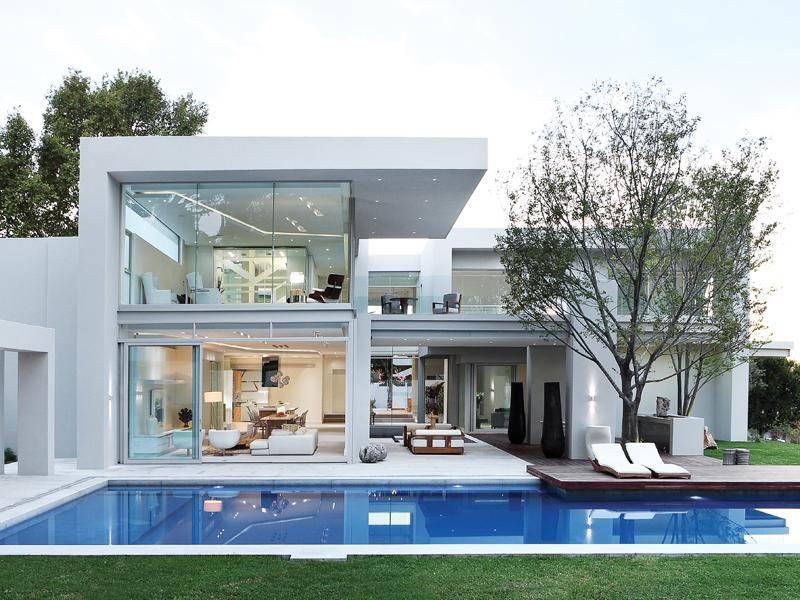 arquitetura moderna casa em joanesburgo africa do sul Envidraçada e com belo paisagismo, casa é colocada à venda em Joanesburgo por US$ 4 milhões