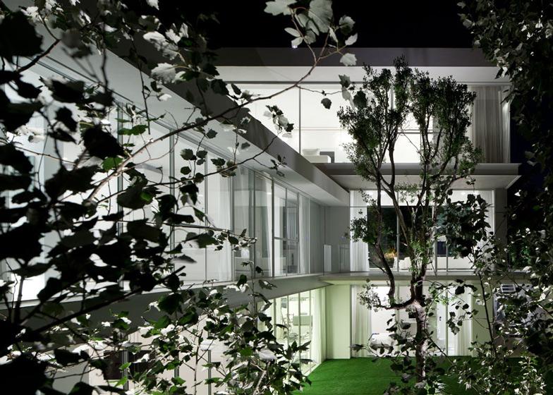 arquitetura-moderna-casa-em-israel-por-pitsou-kedem