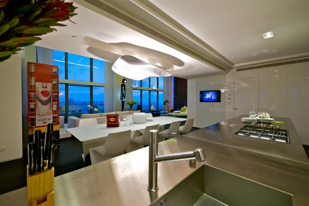 cozinha-integrada-cobertura-triplex-em-tel-aviv-israel