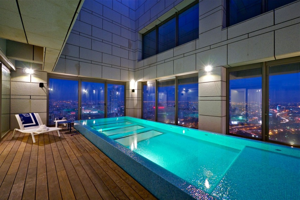 piscina-interna-cobertura-triplex-em-tel-aviv-israel
