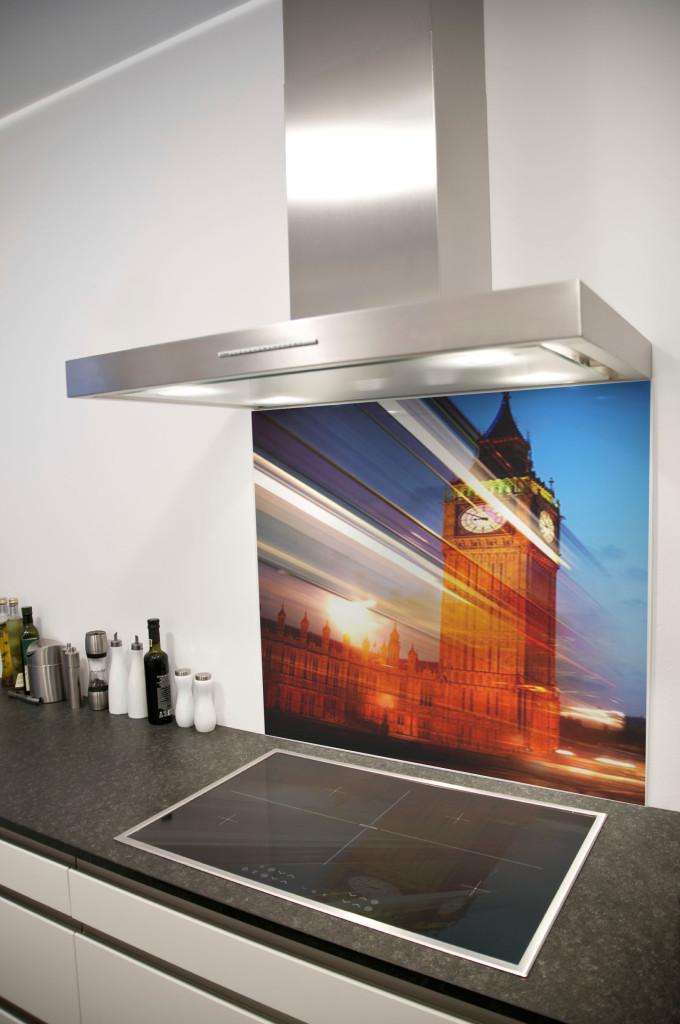 azulejo-de-vidro-personalizado-para-cozinha