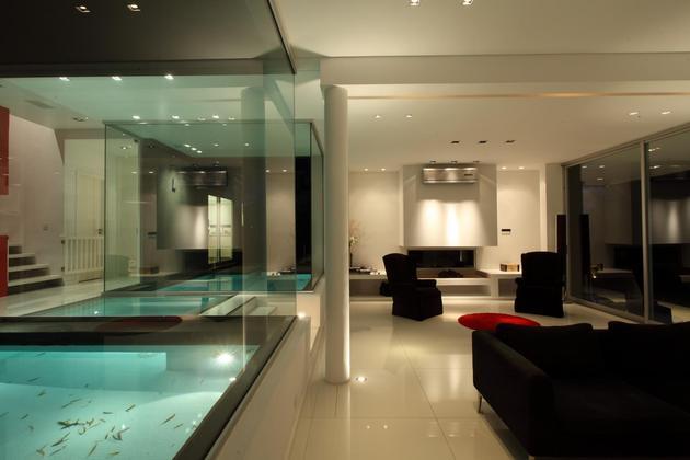 Piscina interna envidra ada destaque de casa em buenos aires vidrado - Piscina interna casa ...