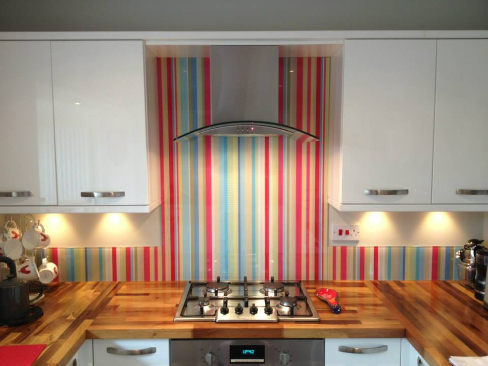 revestimento-de-vidro-com-imagem-para-cozinha