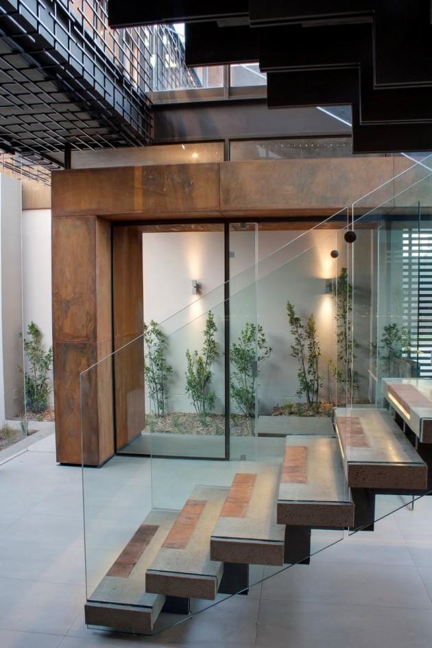 escada-de-vidro-casa-em-pretoria-africa-do-sul